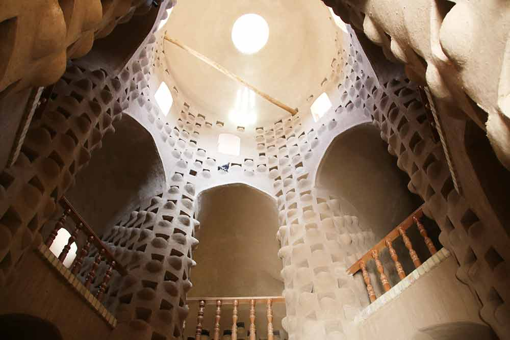 woestijn-iran-pigeon-tower