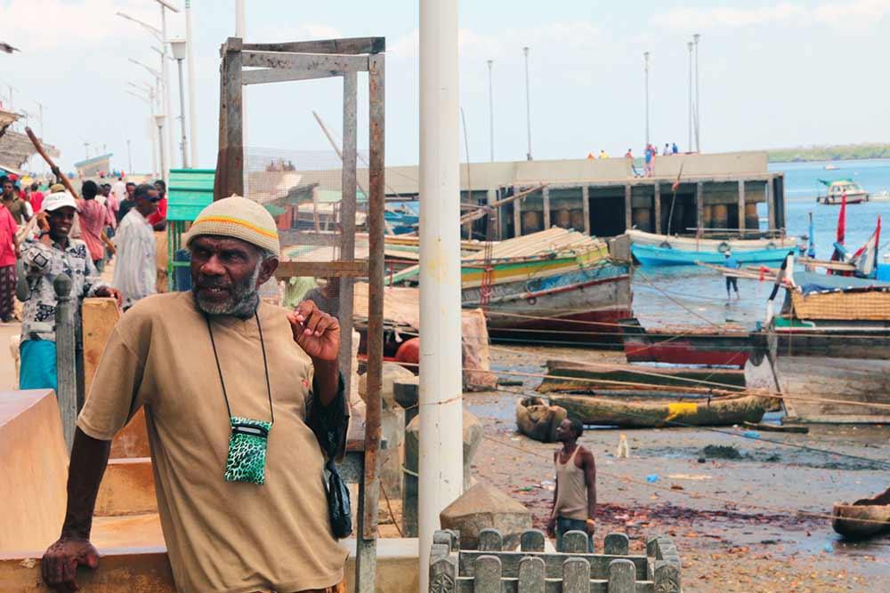 lamu-town-harbor