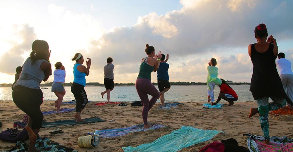 lamu-yoga-festival-early-bird-yoga