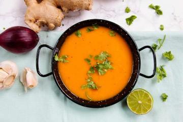 wortelsoep-zoete-aardappel-vegan