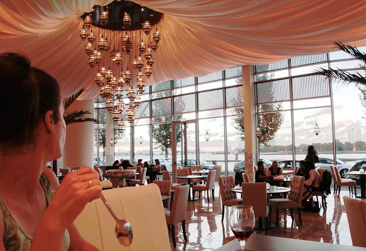 Helai-restaurant-uitzicht