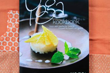 Yoga Kookboek Kaft