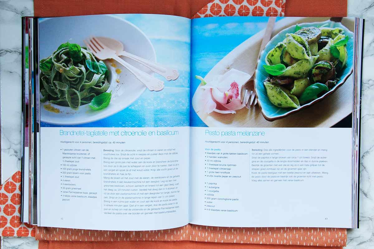 Yoga Kookboek binnenkant