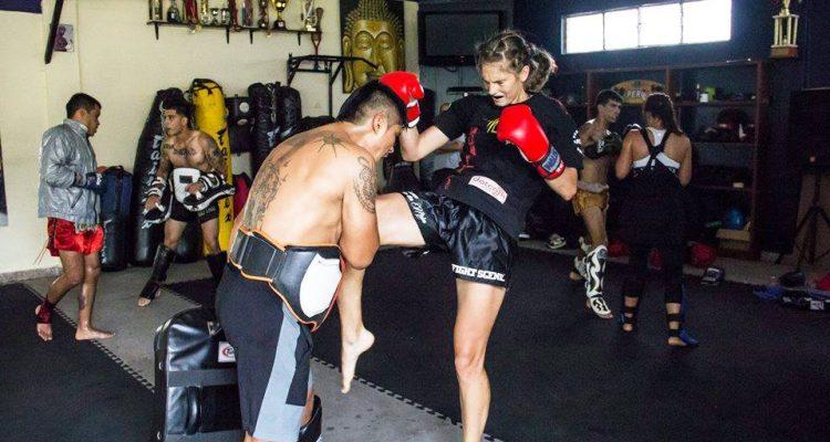Kickboksen in peru Lisanne