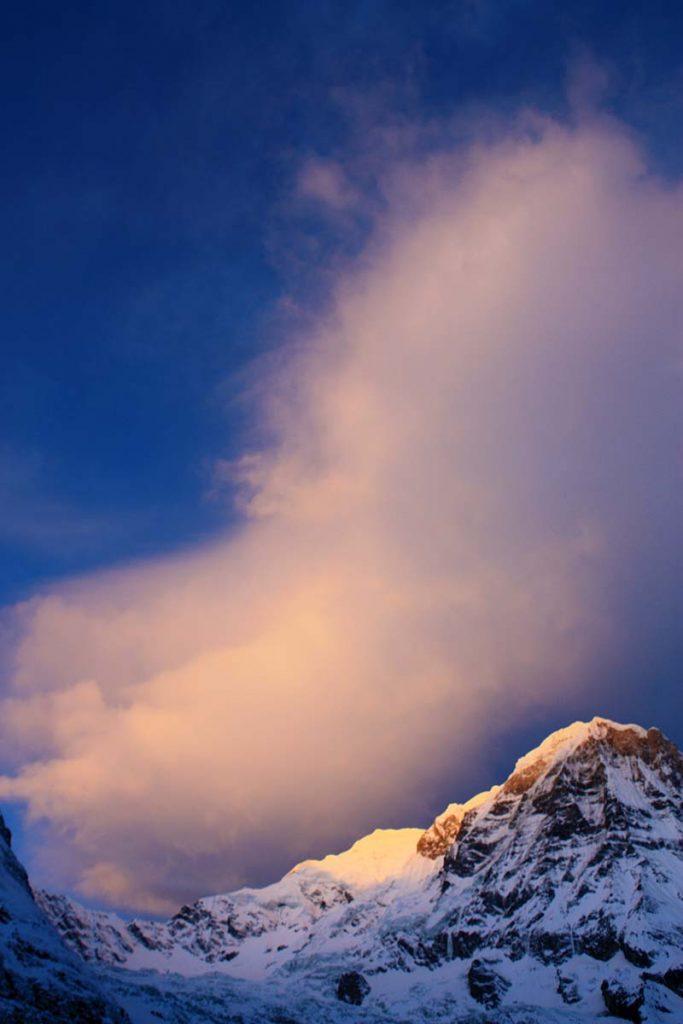 Magische zonsondergang bij Annapurna Basecamp in Nepal